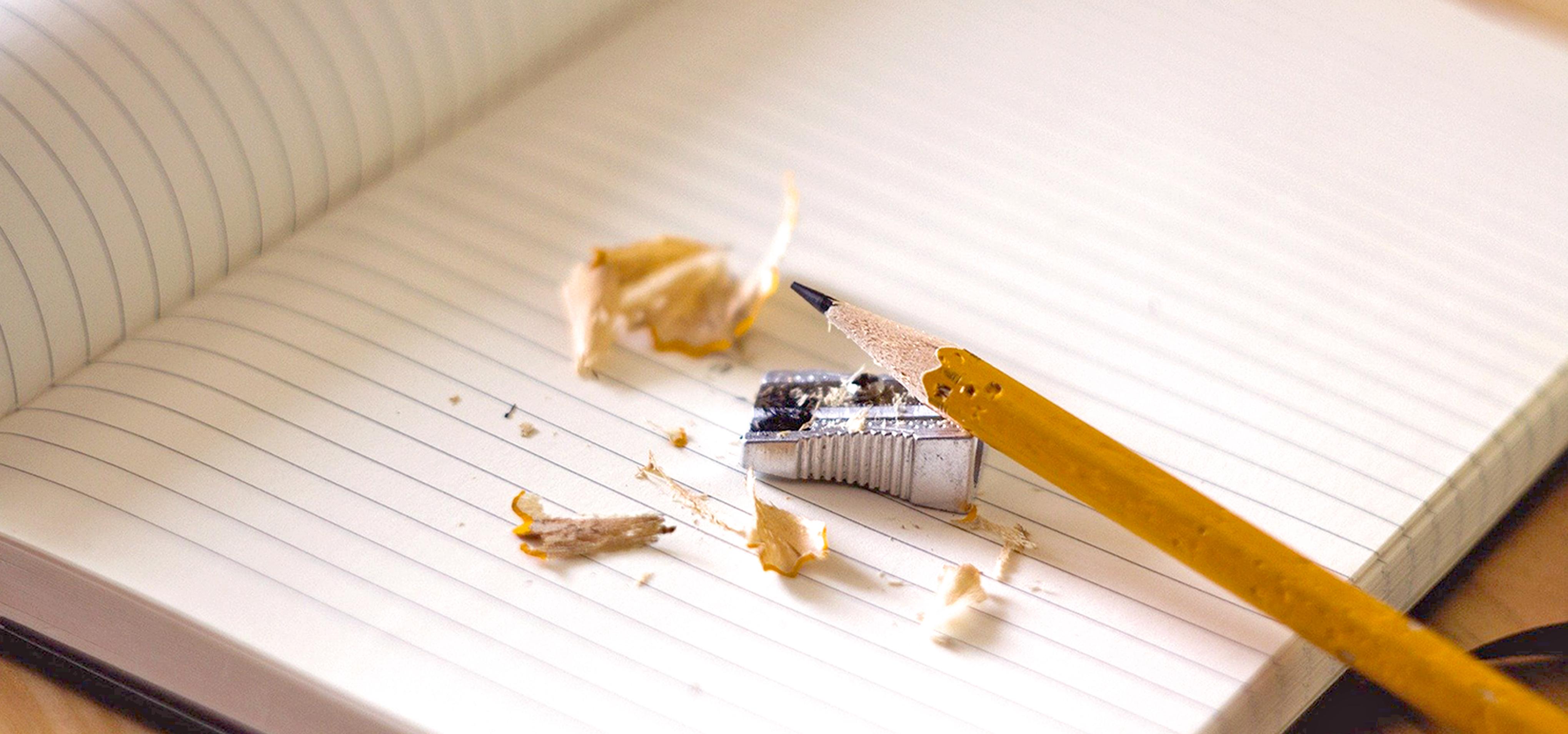 en bild på en penna som ska skriva en debattartikel